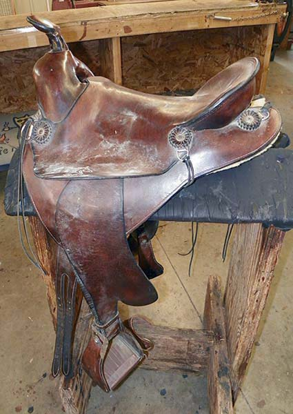 Saddle in need of conditioning.